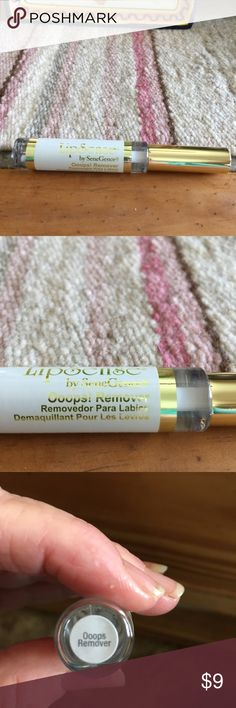 Lipsense Oops Remover, New Authentic OOPS! LIP COLOR REMOVER Uh oh . coloring outside the lines is never a good thing. With Ooops, mistakes are gone! Simply a swipe will erase application errors or remove your long-lasting lip color at the end of the day. The Ooops applicator is the exact shape of the LipSense® wand for perfect product correction. Senegence Makeup Lip Balm & Gloss