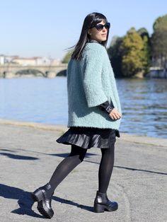 Un cappotto menta e un paio di stivaletti con plateau low cost! || Mint coat and #lowcost boots! #outfit #ootd #style #streetstyle #fashion #pursesandi #lauracomolli