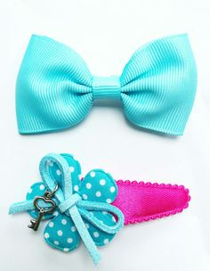 Hairclip with bead. Every color is possible.