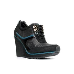 If doesn't say city girl I don't know what does! Leather, Suede and patent leather in wedge! Shut the front door!!!