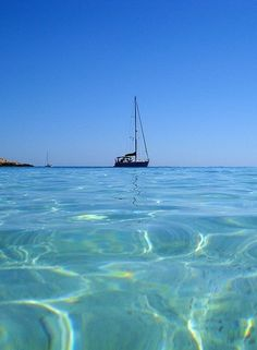 Boating off Brac, Croatia. Immerse yourself in the #CrystalClearCroatianWater #Bus2AlpsBlue