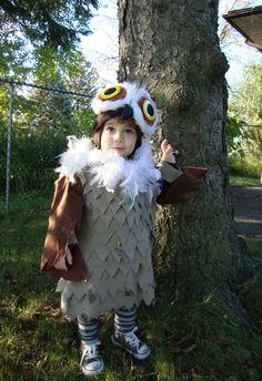 Cute 'What a Hoot' Kid's Halloween Costume. http://feelscript.blogspot.ca/2011/10/what-hoot-halloween-owl-costume.html