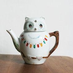 Owl teapot, via designismine.blogspot.com