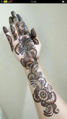 Best 11 Mehndi henna designs are always searchable by Pakistani women and girls. Women, girls and also kids apply henna on their hands, feet and also on neck to look more gorgeous and traditional. Mehndi Designs Book, Latest Arabic Mehndi Designs, Full Hand Mehndi Designs, Mehndi Designs For Girls, Mehndi Designs For Beginners, Stylish Mehndi Designs, Dulhan Mehndi Designs, Mehndi Designs For Fingers, Mehndi Design Photos