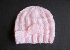 Ravelry: Charlie - Baby Beanie Hat pattern by marianna mel FREE KNIT - There just aren't enough cute free patterns for baby boys - so I hope to add a few more over the next couple of months, starting with this easy little baby hat. Baby Cardigan Knitting Pattern Free, Baby Hats Knitting, Knitted Baby Blankets, Baby Knitting Patterns, Knitted Hats, Free Knitting, Crochet Patterns, Simple Knitting, Cardigan Pattern