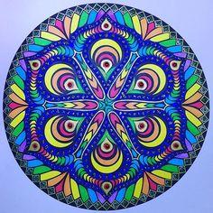 10:30am #art #artoftheday #adultcoloringbook #adultcoloring #becreative #colorful #coloring #coloringbook #coloringforadults #doodle #design #drawing #gems #livrodecolorir #mandala #mandalaart #mandaladesign #mindfulness #shine #glitterglue #glitter #yoga #goodvibrations #zentangle #zen