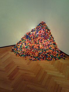 "Felix Gonzalez-Torres, ""Untitled"" (Portrait of Ross in L.A.), 1991"
