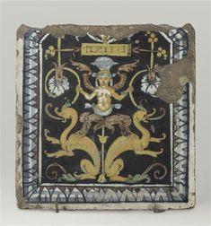 Décor de grotesques symétriques : sur deux chimères adossées une 16e siècle, Renaissance (période)