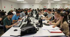 Las comunidades piden poner coto a las universidades 'online' / @elpais_sociedad   #universidadencrisis