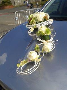 Modern Floral Arrangements, Flower Arrangements, Bridal Car, Wedding Car Decorations, Diy Crafts Hacks, Wedding Stage, Bridal Flowers, Wedding Cards, Wedding Bouquets