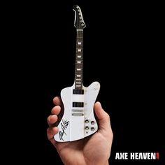 45e24044678 Collectibles by AXE HEAVEN® Signature Guitar