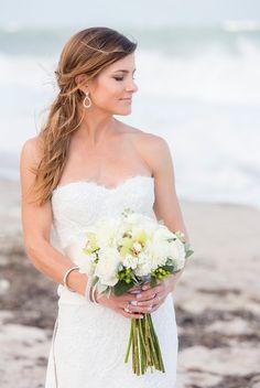 Stunning beach-y bride portrait. SMP