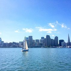 I want to get back to my city by the bay 🎵📍San Francisco, CA. #picoftheday #sanfrancisco #citybythebay #wanderlust #travelgram #travelblogger #followme #beautiful #city #california