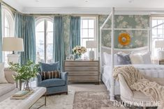 Ivory furniture, including a canopy bed, sofa, and tufted ottoman, offers a soft contrast. Master Bedroom Design, Home Bedroom, Master Suite, Master Bedrooms, Nice Bedrooms, Bedroom Ideas, Chinoiserie, Beautiful Bedrooms, Beautiful Homes