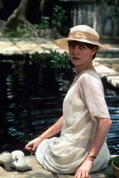 Judy Davis as Adela Quested in 'A Passage to India', 1984 - Directed by David Lean. Jane Austen, Great Movies, New Movies, A Passage To India, Dh Lawrence, Amelia Peabody, David Lean, The Longest Journey, Roman