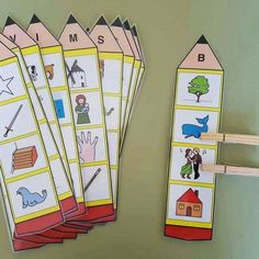 Preschool phonics - Identification of the initial sound of the word Orientacion Andujar Preschool Phonics, Jolly Phonics, Preschool Letters, Alphabet Activities, Preschool Learning, Learning Activities, Preschool Activities, Community Helpers Preschool, Initial Sounds