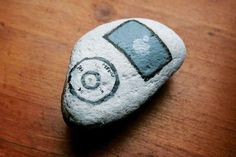 Peculiar Painted Stones: Darya Balova's Quirky Handmade Art Enhances Nature