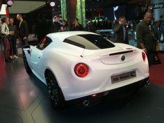 Alfa-Roméo-4C_coupé-ar