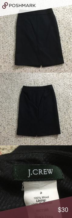 J crew pencil skirt J crew pencil skirt. Black color. Size 2. Pre-loved but lots of life left! 🚫rude/unnecessary comments will get you blocked🚫 NOTE: I can only ship on weekends J. Crew Skirts Pencil