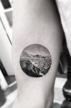 http://instagram.com/p/0ec1uQPgDt/ Getting one of these with your favorite scenery sounds like a cool idea ❤
