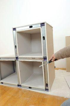 Meuble placo-31 Diy Outdoor Kitchen, Home Decor Kitchen, Metal Stud Framing, Drywall Ceiling, Interior Design Presentation, Plafond Design, Steel Frame Construction, Shelving Design, Tv Decor