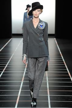 I love a good suit and of course I'm digging the hat! Armani #fashion