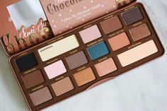 ❤️All'❤️❤️Dress Yourself Happy: Too Faced Semi Sweet Chocolate bare