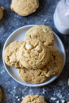 Soft Paleo Coconut Macadamia Nut Cookies | The Paleo Running Momma