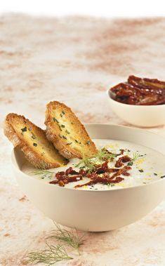 Vellutata di finocchi con pomodori e bruschette al rosmarino - Tutte le ricette dalla A alla Z - Cucina Naturale - Ricette, Menu, Diete
