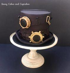 Steampunk Top hat by Sassy Cakes and Cupcakes (Anna)