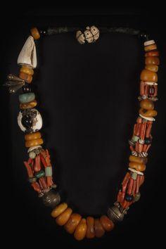 berber collier - amber/coral/bone http://art-asia.be/#!/juwelen-2