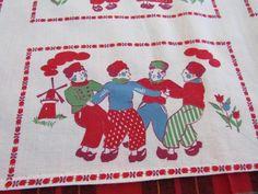 "Vtg DUTCH Printed Cotton Centercloth Doily Table Topper 33x34"" WINDMILLS Tulips"