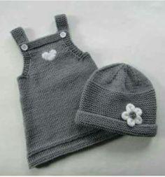 Baby Knit Dress Patterns – Knitting And We Girls Knitted Dress, Knit Baby Dress, Baby Cardigan, Knitting For Kids, Baby Knitting Patterns, Baby Patterns, Hand Knitting, Dress Patterns, Baby Girl Skirts