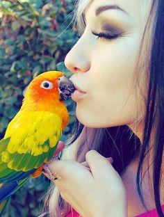 birdie kisses