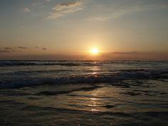 Beautiful sunrise in front of our resort in Costa Rica.  JW Marriott Guanacaste   Flickr foto hankbil
