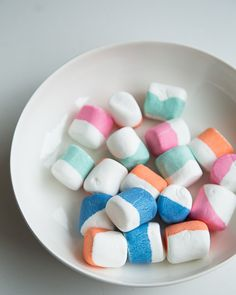 I'm going to dye MARSHMALLOWS in addition to EGSS this easter!