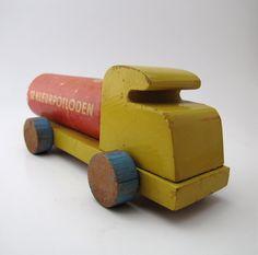 Vintage Handmade Toy Truck Kleurpotloden.