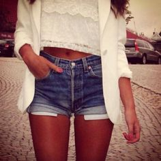 Love the high wasted shorts with the crop top!