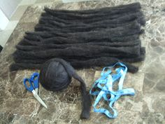 DIY A-Z: Make your own wool dreads/ dread extensions out of roving