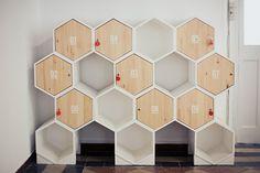 Mobiliario reciclado en el Coworking LaTermica
