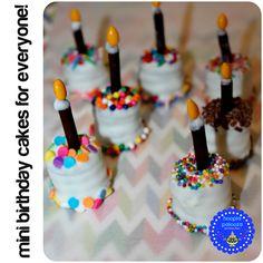 hoopla palooza: bite size oreo birthday cakes