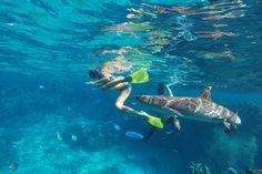 Orasmens Bay, Blue Lagoon erreichen wir am 28.04.15 – unsere dritte Insel in Fiji. Es ist wie ich es mir vorgestellt habe und das passiert selten. Das Wasser schimmert in allen bekannten Blau…