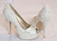 Another of my wedding creations- peeptoe decorated with pretty lace. I will definitely start to personalise all of my shoes