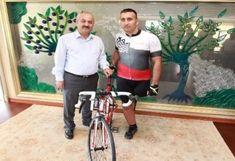 Gebze Belediye Başkanından Engelli Sporcuya Bisiklet Website