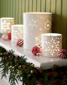 Wedding Crafts   The Handcrafted Life*: Photo Paper Snowflake Luminaries