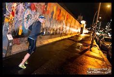 #LaufRausInDieNacht #Nachtlauf #NightRun #Sightrun #Sightrunning #Berlin #NightRunning { #Triathlonlife #Training #Love #Fun } { via @eiswuerfelimsch } { #motivation #running #run #laufen #trainingday #triathlontraining #sports #fitness #berlinrunnersontour } { #pinyouryear } { #wallpaper } { #currexsole } { #Mizuno @fabletics @GarminD @salmingstore }