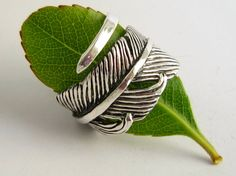 Solid Sterling Silver Wrap Around Feather Ring.