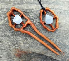 Wooden jewelry set wooden hair fork wooden pendant.