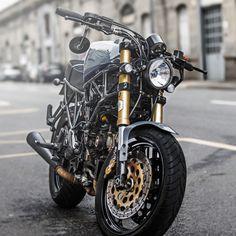 Ducati Supersport 750 Faro Quadrato by JR