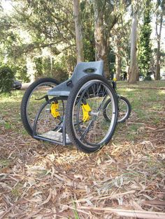 This product is designed to meet the travel needs of a person with reduced motor skills in the lower limbs.The disabled is today with many barriers in society, being limited in sport because the high cost of special wheelchairs. What is sought is to make…